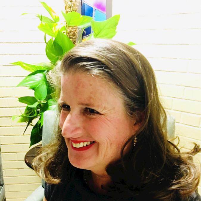 Suzanne Fiore